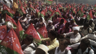 What the thousands of farmers protesting in Maharashtra are demanding