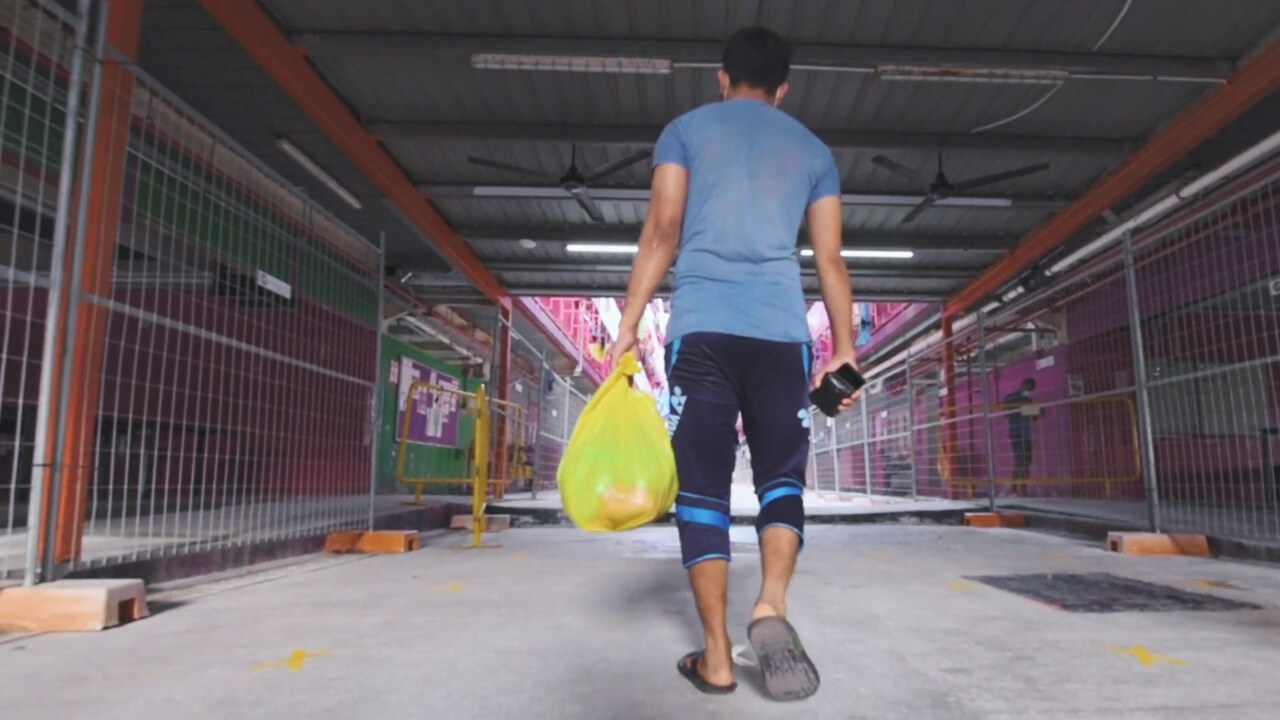 COVID-19: Inside a migrant worker dormitory in Singapore | Video