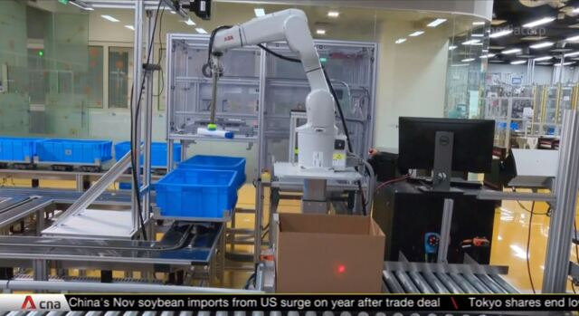 Firms double down on AI, machine learning to keep supply chain running | Video