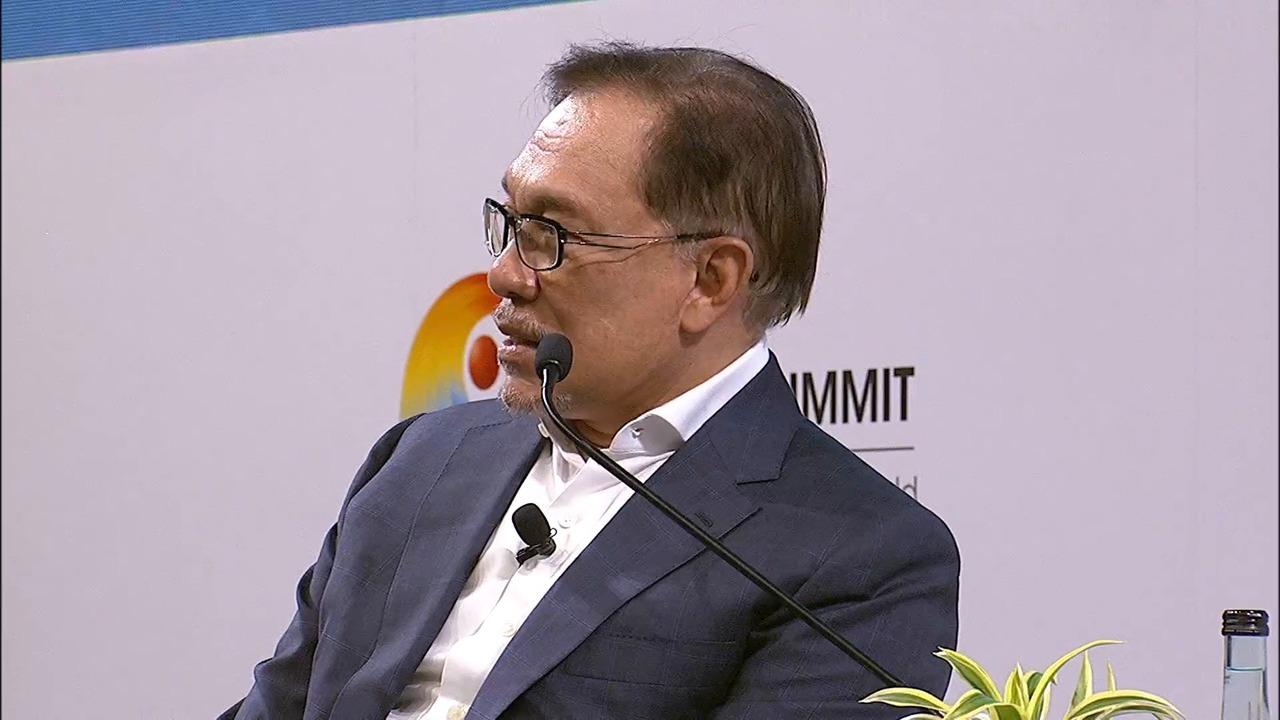 Anwar Ibrahim at the Singapore Summit