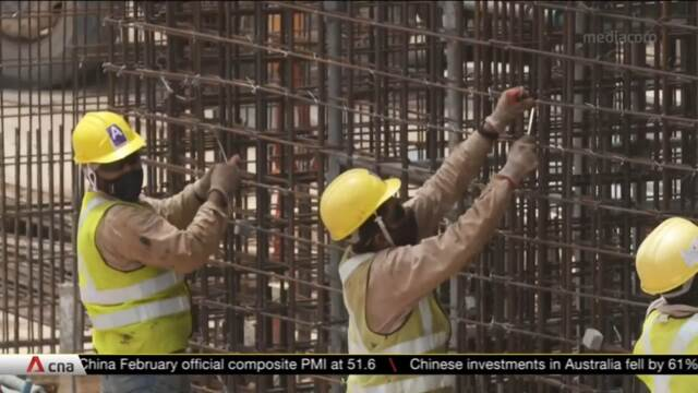 Construction firms struggle to bring in workers, hurting bottom lines | Video