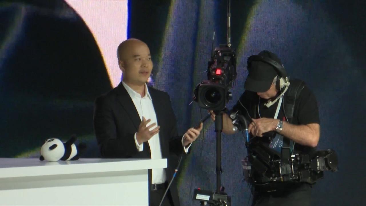 Chinese phonemaker Huawei eyes European markets   Video