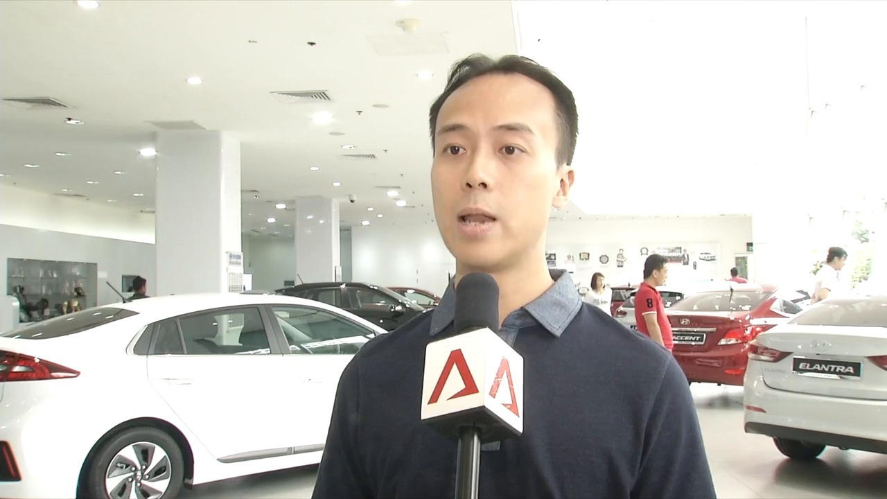 Low COE prices for cars fail to rev up buyers   Video