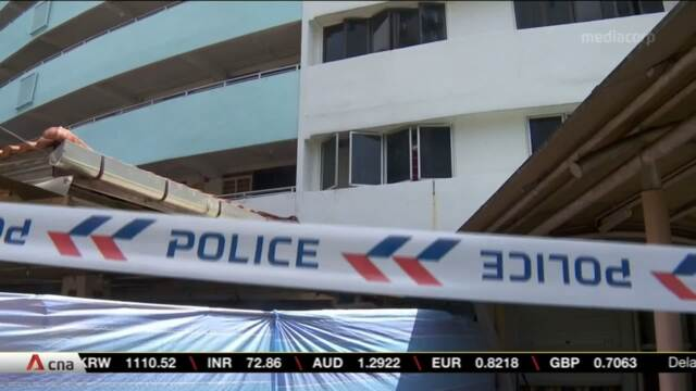 Man arrested after attacking 4 people with knife in Bukit Merah flat | Video
