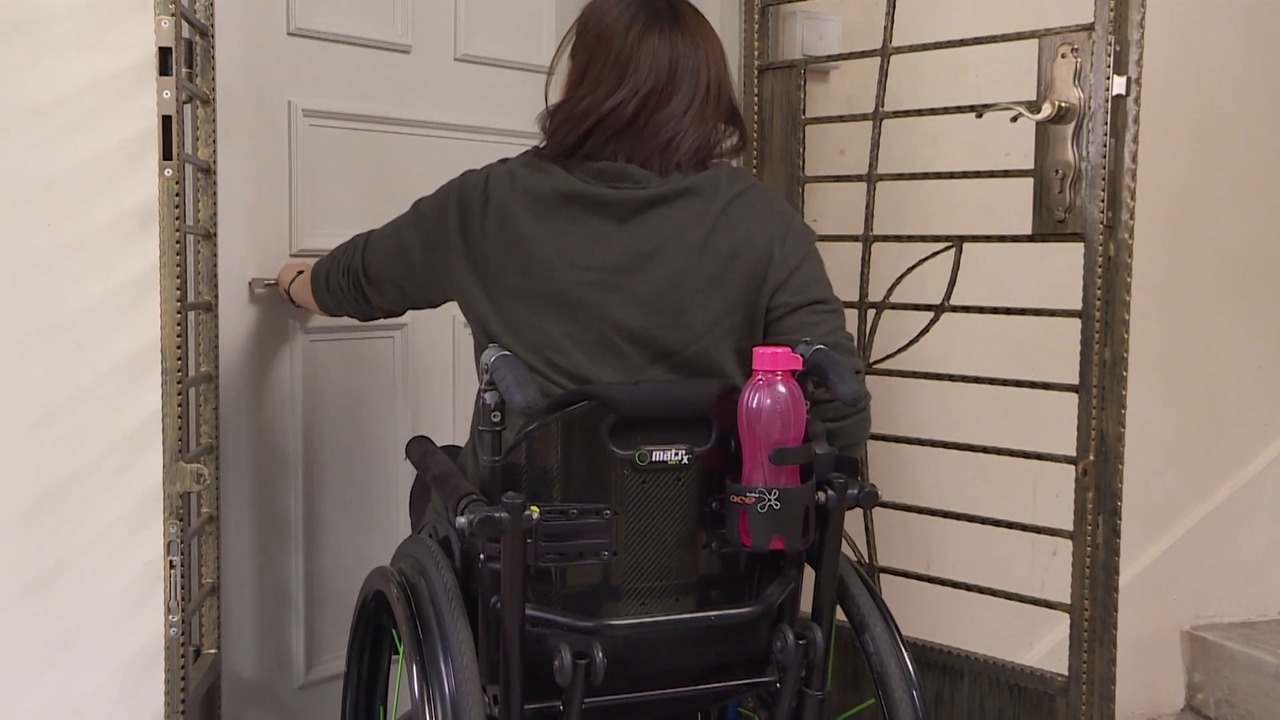 Life after the crash: Finding love and adventure again, in a wheelchair