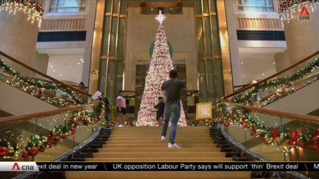 Business brisk for Singapore hotels this Christmas season | Video